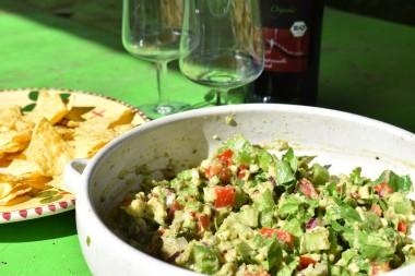 Guacamole met bleekselderij