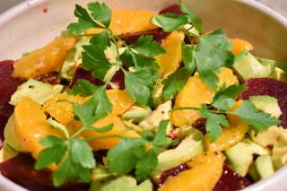 Avocado-bietensalade met citrusvruchten